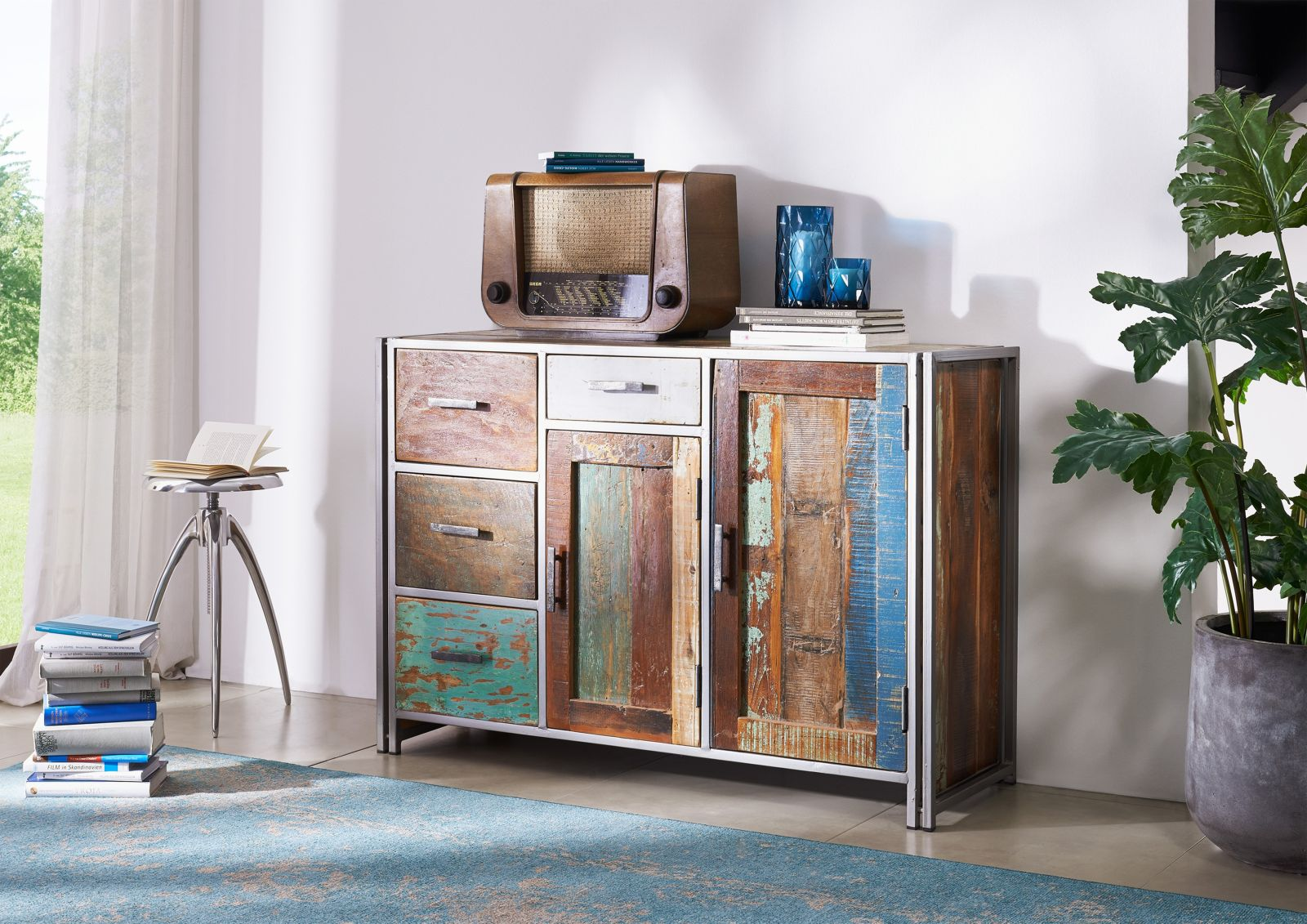 NEW YORK Sideboard #06 Indisches Altholz lack. / Metall