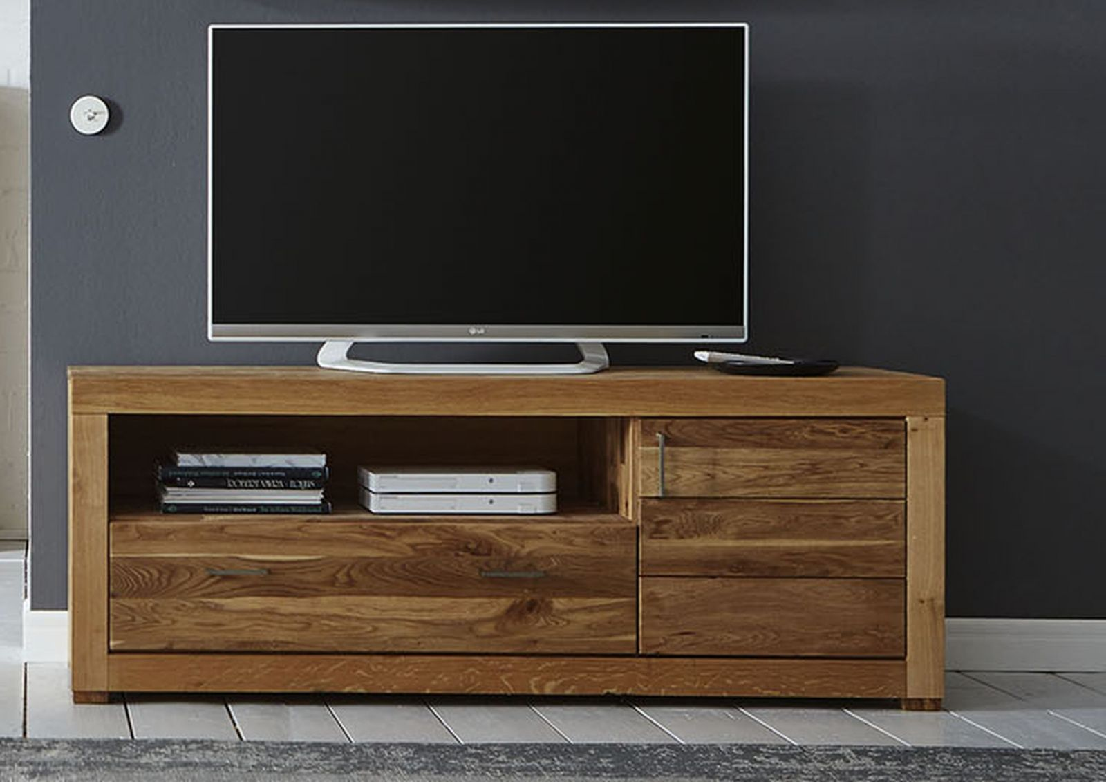 tv board berlin wildeiche 172x55x70 cm modern. Black Bedroom Furniture Sets. Home Design Ideas