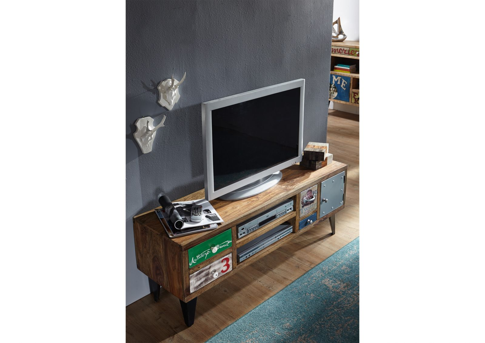 tv board liverpool sheesham 133x40x53 cm industrial stil. Black Bedroom Furniture Sets. Home Design Ideas